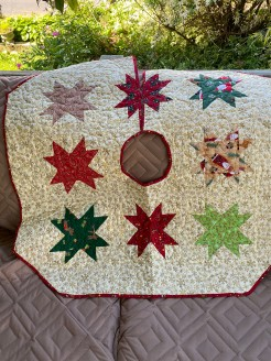 Star Bright Quilted Christmas Tree Skirt