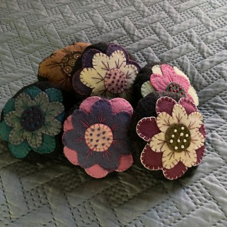Wooly Primitive Flower Pincushions